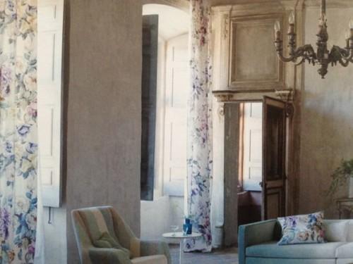 room scene of Viola