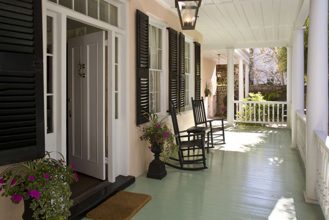 traditional-charleston-interior-design-3